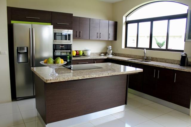 Mueble cocina imagui for Muebles de cocina con isla central