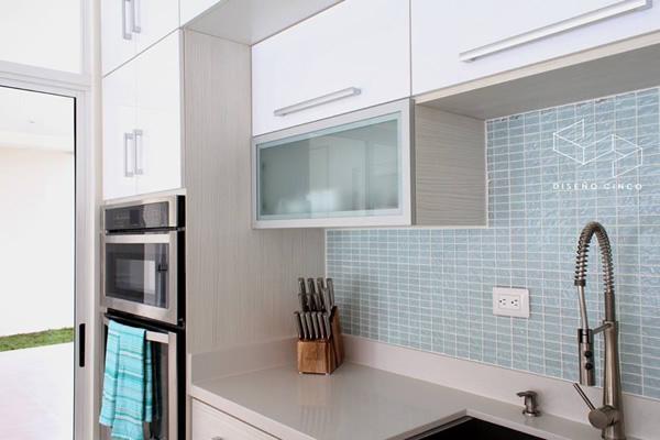 Muebles segura muebles de cocina dormitorio y a la medida for Mueble cocina en l